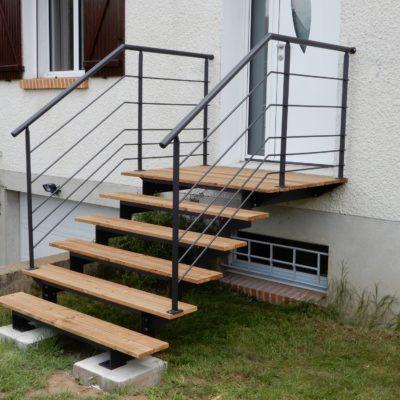 escalier-extérieur-design - escalier extérieur bois métal