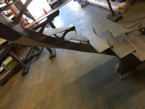 Peinture escalier métal Photo d'un escalier avant grenaillage EC DESIGN
