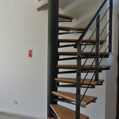 colimaçon bois métal gain de place fabricant escaliers Loir-et-Cher Vendôme