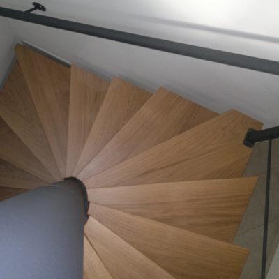 Colimaçon carré bois et métal noir EC Design fabricant d'escaliers bois métal colimaçon Loir-et-Cher