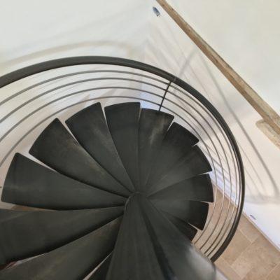 Fabricant escaliers colimaçon rond métal noir Loir-et-Cher Vendôme EC DESIGN