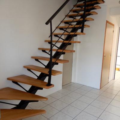 escalier 1/4 tournant bois acier thermolaqué