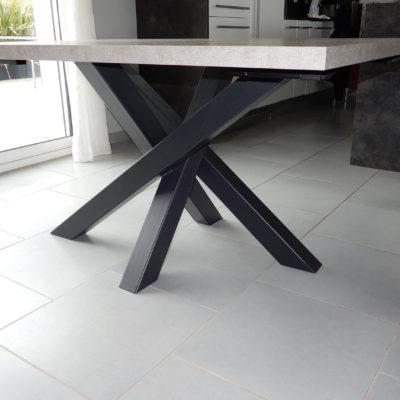 Table sur mesure métal