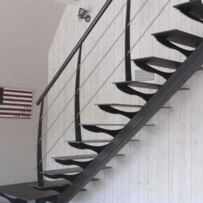 Escalier métal design fabricant escaliers Loir-et-Cher Vendôme