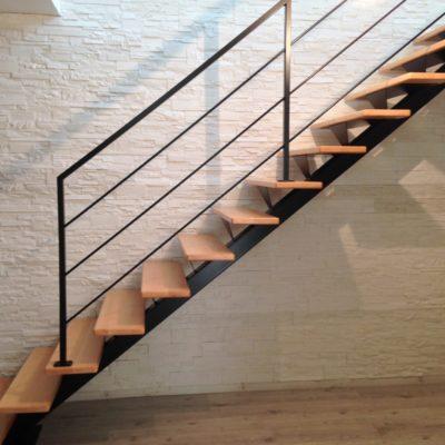 escalier-mylea escalier droit gamme standard ec design vendome fabricant d'escaliers