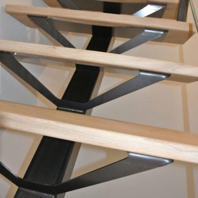 Fabricant escalier limon central Loir-et-Cher Vendôme - escalier bois métal