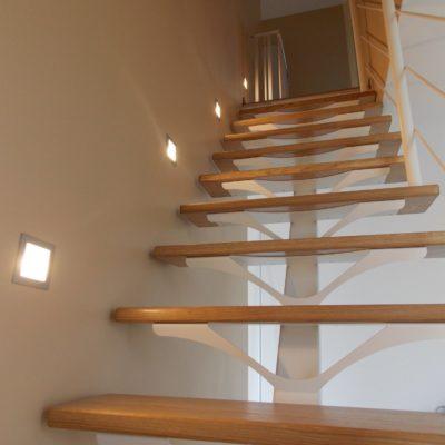 Escalier marche platine blanche EC Design fabricant d'escalier sur-mesure à Vendôme Loir-et-Cher