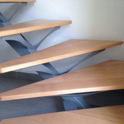escalier-mylea escalier un quart tournant alu bois gamme standard ec design vendome fabricant d'escaliers