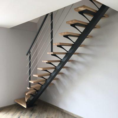 Escalier bois métal limon central EC Design fabricant d'escalier à Vendôme Loir-et-Cher