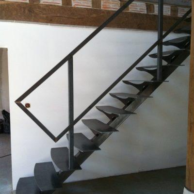 Escalier tout métal fabricant d'escalier Loir-et-Cher Vendôme