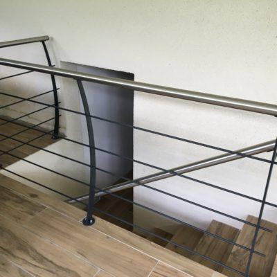 Garde corps laqué inox fabricant d'escaliers et garde corps main courante Loir-et-Cher Vendôme