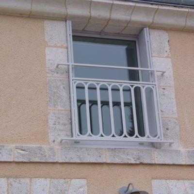 Garde-corps fenêtre maison de charme artisan E.C. design