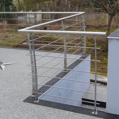 Création d'un garde-corps en inox pour une terrasse extérieure - fabrication artisanale Loir et Cher - Vendôme - EC Design