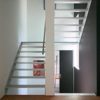 escalier blanc moderne graah fabricant d'escalier Loir-et-Cher Vendôme