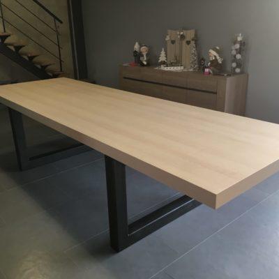 Table salle à manger longue - bois métal moderne - fabricant mobilier artisanal loir et cher Vendôme EC Design